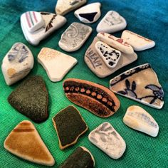 I go hunting for this on Fortrose beach in the Scottish Highlands. You can also spot dolphins from the shore Beach Stones, Scottish Highlands, Sea Glass Jewelry, Bead Crafts, Glass Bottles, Dolphins, Bespoke, Hunting, Mermaid