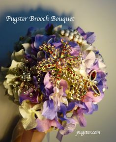 #Wedding brooch bouquet