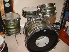 Please only post complete/restored drums in the gallery. Vintage Tub, Vintage Drums, Ludwig Drums, Drum Kits, Tubs, Avocado, Music Instruments, Happy Birthday Pictures, Bathtubs
