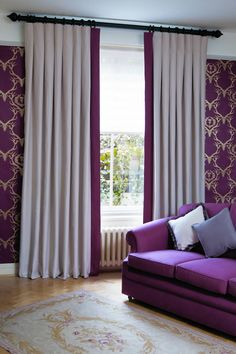 Curtains with Leading Edge Border Inverted pleat drapes with contrasting banding lead edge Box pleated drapes with contrasting lead edge banding Pinch Pleat Curtains, Pleated Curtains, Curtains With Blinds, Curtain Styles, Curtain Designs, Curtain Ideas, Curtains With Leading Edge, Curtain Pelmet, Curtain Headings