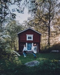 Cabin, House Styles, Instagram, Cabins, Cottage, Wooden Houses