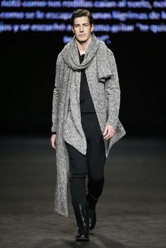 Colección Celia Vela otoño-invierno 2015/16 Oriol Elcacho 080 Barcelona Fashion