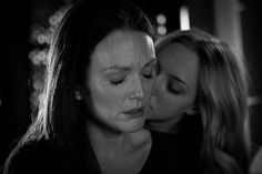 Julianne Moore & Amanda Seyfried in CHLOE tra seduzione e inganno (6 dic 2015)