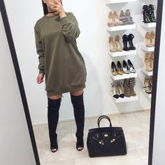 Oversized sweater dress now available @fashiondrug www.FASHIONDRUG.com (link in bio)