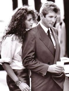 Richard Gere and Julia Roberts in Pretty Woman. If you've never seen Pretty Woman, well then bye. Love Movie, Movie Tv, Pretty Woman Movie, Pretty Woman Quotes, Movies Showing, Movies And Tv Shows, Jennifer Grey, Beaux Couples, Films Cinema