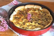 pastís salat de xampinyons i formatge de cabra