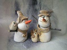 Jak postavit sněhuláka...dvojice / Zboží prodejce Jarmila Všetičková   Fler.cz Xmas Decorations To Make, Snowman Decorations, Snowman Crafts, Holiday Crafts, Whimsical Christmas, Christmas Art, Christmas Ornaments, Nifty Crafts, Cute Crafts