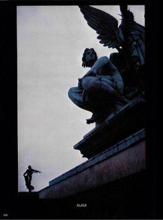 Thierry Mugler for L'officiel. 1980.   http://thedanielfrischmannsblog.blogspot.com/2012/11/1980-thierry-mugler.html