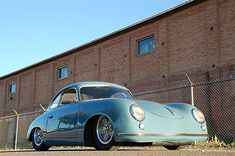 Porsche 356... really like these old Porsche lowered.