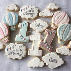 "696 Likes, 35 Comments - Natasha (@natsweets) on Instagram: ""Up up and away! Hot air balloon cookies for @charmingtouchparties. Graphic designs by…"""