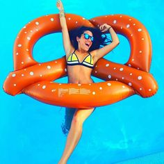 """""""***spends hours looking for a pretzel emoji to realize there isn't one*** oops! Lol #nikiprobz"""" Photo taken by @nikidemar on Instagram, pinned via the InstaPin iOS App! http://www.instapinapp.com (07/26/2015)"""