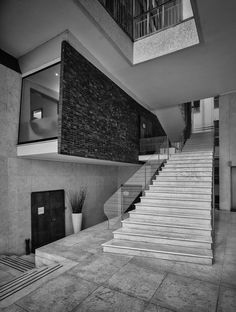 Alessandro Guida · Luigi Moretti: Il Girasole · Architettura italiana