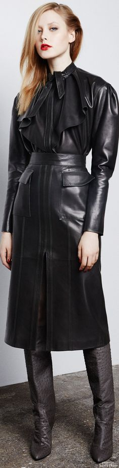 Pedro del Hierro Madrid Fall 2015 RTW..my goodness look at all that fabulous #black #leather!