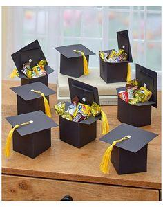 Diy Graduation Gifts, Graduation Party Planning, Graduation Celebration, Graduation Decorations, College Graduation, Graduation Cake, Graduation Presents For Him, Graduation Hood, Grad Party Favors