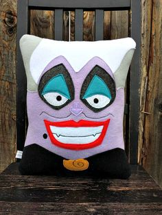 Ursula pillow plush cushion gift by telahmarie on Etsy Custom Pillows, Decorative Pillows, Adornos Halloween, Pillow Quotes, Kids Pillows, Best Pillow, Disney Diy, Felt Hearts, Felt Dolls