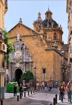 Granada : Parroquia de los  Santos Justo y Pastor    Spain