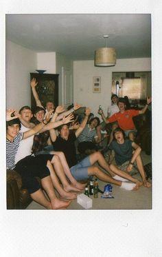 Drunk Friends, Cute Friends, Best Friends, Cute Friend Pictures, Friend Photos, Best Friend Fotos, Photo Polaroid, Polaroid Ideas, Film Photography
