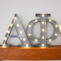 Alpha Phi sorority marquee letter lights - the perfect decoration for every… Alpha Phi Letters, Alpha Phi Crafts, Alpha Phi Sorority, Alpha Xi Delta, Sorority Crafts, Phi Mu, Sorority Life, Marquee Letters, Marquee Lights