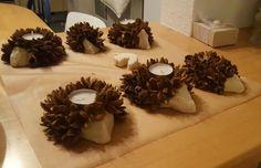 Hedgehog made from salt dough and beech nuts (Source: Fac Bat Craft, Reindeer Craft, Snowman Crafts, Chic Halloween Decor, Halloween Crafts For Kids, Christmas Crafts, Halloween Party, Winter Crafts For Kids, Diy For Kids