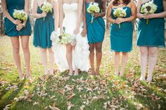 Bridesmaids in Teal| Photo:  sugarandsoulphotography.com