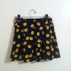 Skirt Thanks for looking Urban Outfitters Skirts Circle & Skater