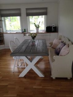 Bilder Dining Table, Furniture, Home Decor, Pictures, Decoration Home, Room Decor, Dinner Table, Home Furnishings, Dining Room Table
