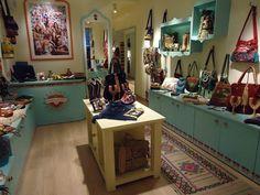 World Family Ibiza: La tienda de bolsos hippies y chic de Úrsula Corberó en Madrid | DolceCity.com