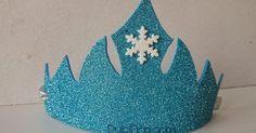 Coronas y piñata Olaf Birthday, Frozen Birthday Theme, Frozen Theme, Frozen Cake, Frozen Party, Princess Birthday, Frozen Princess, Elsa Frozen, Frozen Images