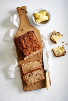 Beautiful Banana Bread (Refined Sugar and Gluten Free) - Sarah Graham Food Sarah Graham, Decadent Food, Sweet Bread, Healthy Treats, Afternoon Tea, Banana Bread, Good Food, Gluten Free, Snacks