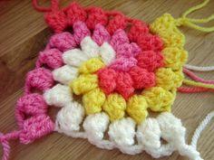 Ravelry: Granny Bobble Spiral pattern by P. I crochet Spiral Crochet Pattern, Crochet Bobble, Crochet Diy, Crochet Motifs, Crochet Squares, Love Crochet, Crochet Crafts, Yarn Crafts, Crochet Stitches