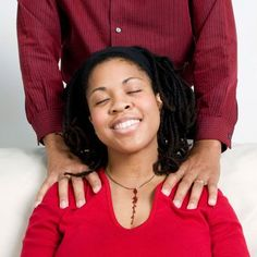 Looking for something your partner can do to ease your pregnancy woes? Here are a few simple massage techniques. #pregnancymassage,