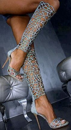Pretty Lace High Heeled Sandals