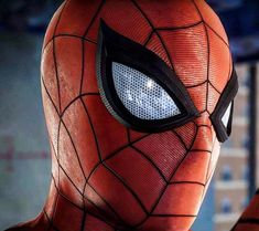That PS4 suit though. Seriously considering buying a PS4 just to play this game. #insomniacspiderman #PS4SpiderMan #marvel #marvelcosplay #cosplay #spiderman #spidey #spiderverse #amazingspiderman #ultimatespiderman #cosplayer #menofcosplay...