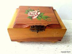 Souvenir Wood Box Saratoga Springs NY Rose by NewEnglandReflection