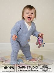 Free Pattern for Knit Baby Jumpsuit on Ravelry by Drops Design