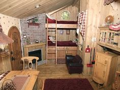 I like this tree house interior if it was inside a tree Playhouse Plans, Playhouse Outdoor, Playhouse Interior, Tree House Interior, Relaxation Room, Relaxing Room, Wendy House, Play Spaces, Kid Spaces