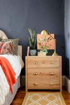 Easy tips on how to style your nightstand and create a warm vignette in any bedroom. See more go to http://ablissfulnest.com/ #bedroomdecor #designtips #decoratingideas