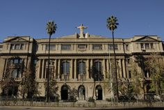 The Pontifical Catholic University of Chile (UC or PUC) Cities, Catholic University, Notre Dame, Louvre, Urban, Mansions, House Styles, Building, Pictures
