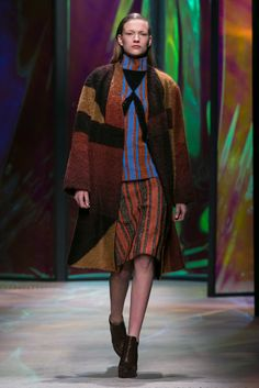 A look from the Thakoon Fall 2015 RTW collection.