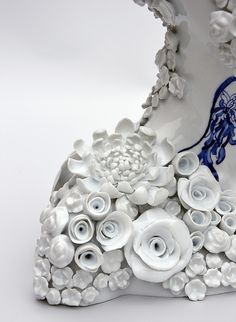 Juliette Clovis - Contemporary Porcelain - Unique contemporary ceramic sculptures, made in Limoges porcelain. Ceramic art