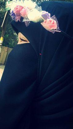 Arab Girls Hijab, Muslim Girls, Hijab Niqab, Muslim Hijab, Hijabi Girl, Girl Hijab, Hijab Dpz, Stylish Hijab, Niqab Fashion