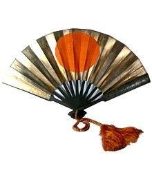 Samurai Warrior Lord's battle folding fan Gunsen (Tessen). Metal, Japanese paper  Late Edo period