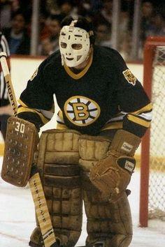 Hockey Goalie, Hockey Games, Nhl, Canadian Hockey Players, Boston Bruins Goalies, Goalie Mask, New York Rangers, Sports Pictures, Championship Rings