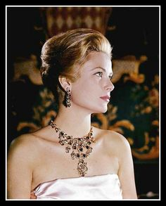 Princess Grace of Monaco, photo by Philippe Halsman, 1963 | Flickr - Photo Sharing!