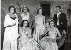 Donne nella Storia: Principessa Editha di Baviera: in memory. Princess Editha of Bavaria (center) wearing the tiara of Grand Duchess Hilda of Baden, who left the jewel to Editha's mother, Princess Antonia of Bavaria.