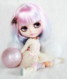 Hey, I found this really awesome Etsy listing at https://www.etsy.com/uk/listing/261613201/sold-to-sarah-last-payment-blythe-doll