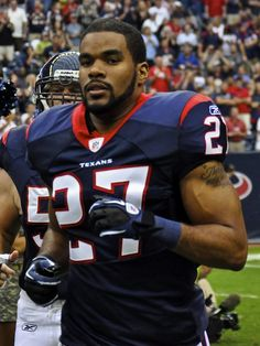 Happy Birthday: Quintin Demps  June 29,1985 - Quintin Lamon Demps is an American football safety for the Houston Texans of the National Football League. He was drafted by the Philadelphia Eagles in the fourth round of the 2008 NFL Draft. He played college football at Texas-El Paso.  keepinitrealsports.tumblr.com  keepinitrealsports.wordpress.com  facebook.com/pages/KeepinitRealSports/250933458354216  Mobile- m.keepinitrealsports.com