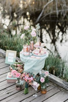 Romantische Sommerhochzeitsinspiration in Rosegold & Mint weddingpilots http://www.hochzeitswahn.de/inspirationsideen/romantische-sommerhochzeitsinspiration-in-rosegold-mint/ #wedding #inspiration #sweets