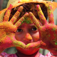 #photography #india #incredibleindia #photography #indian #india #indiaboy #fun #hands #holihands #streetphotography #photo #Indiaclicks #boy #moment #indiapictures #smile #portraitboy #indiapictures #holi #color #couleur #children #kid #child #inde #holihai #funny Indian India, Incredible India, Holi, Street Photography, Childhood, Faces, In This Moment, Smile, Portrait