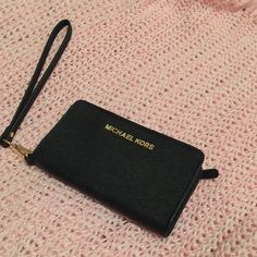 Michael Kors wallet No flaws. Looks brand new. Purchased from Nordstrom, just never use it. Check out my other listings. :) *NO TRADE OR PAYPAL* Michael Kors Bags Wallets